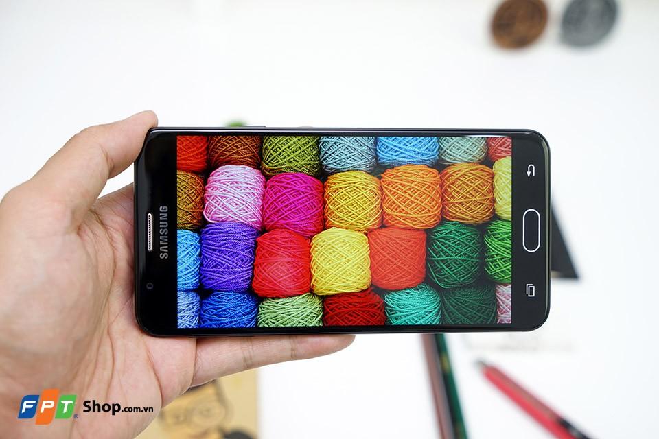 Màn hình của Galaxy J7 Prime có chất lượng hiển thị tốt