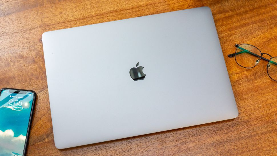 So sánh Dell XPS 15 2020 với MacBook Pro 16 inch 05