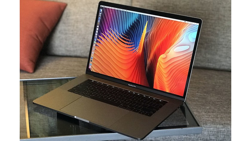 Macbook Pro 15 Touch Bar 256 GB (2018)